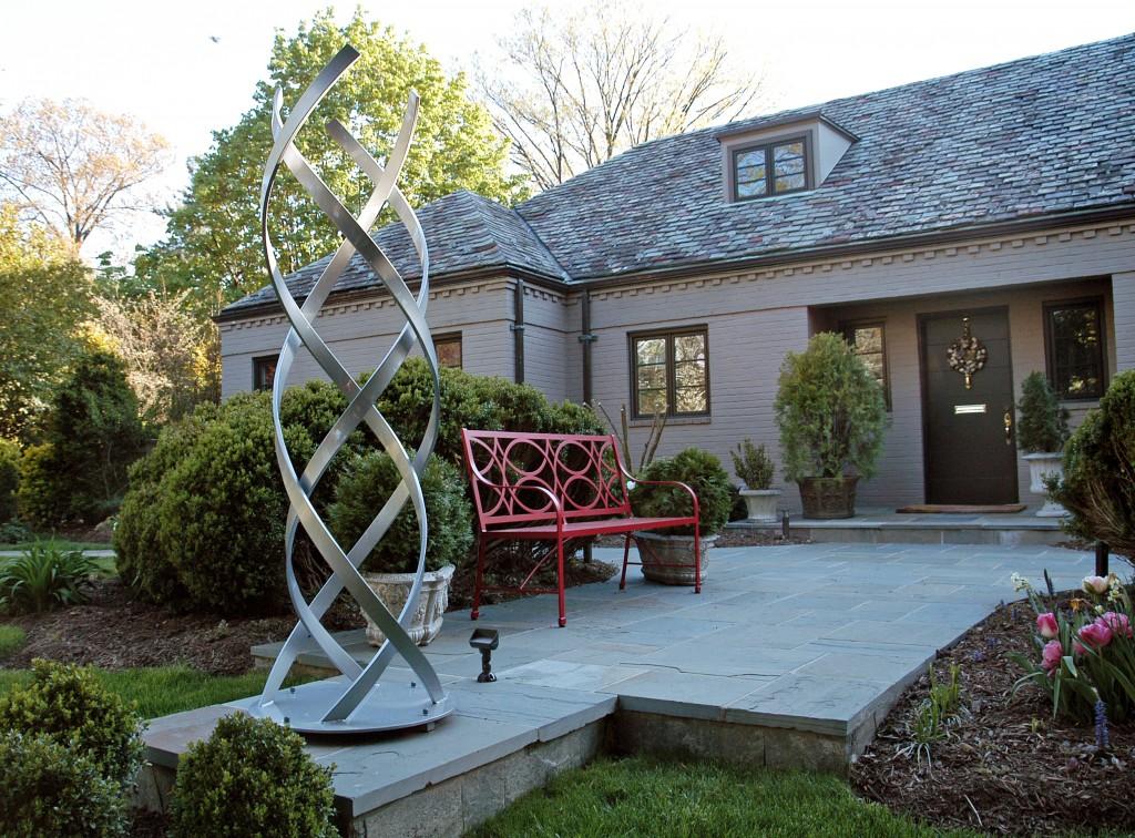 Kismet by Terra Scultpure - Modern Outdoor Sculpture Garden