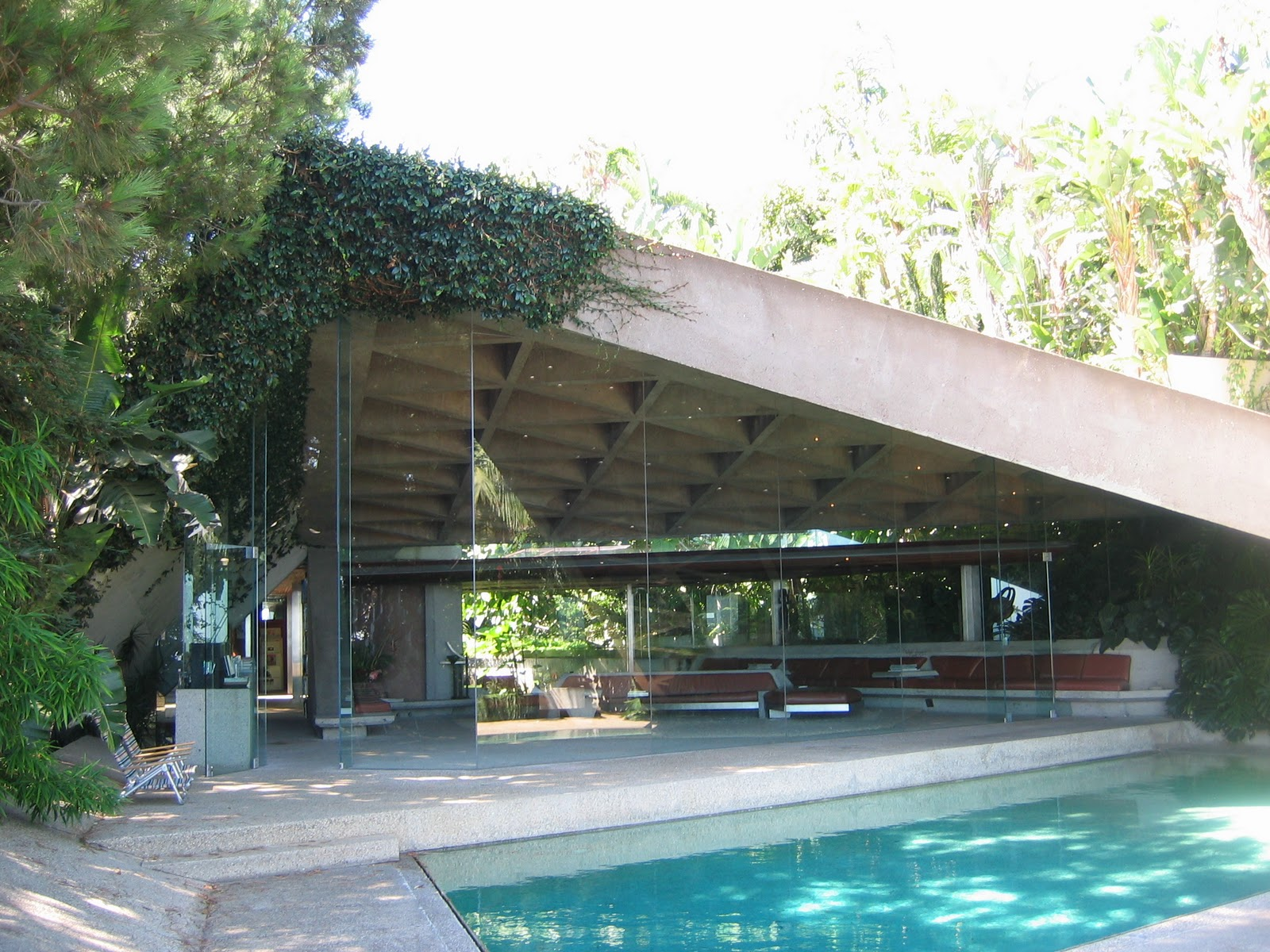 modern abstract outdoor garden sculpture mid century modern