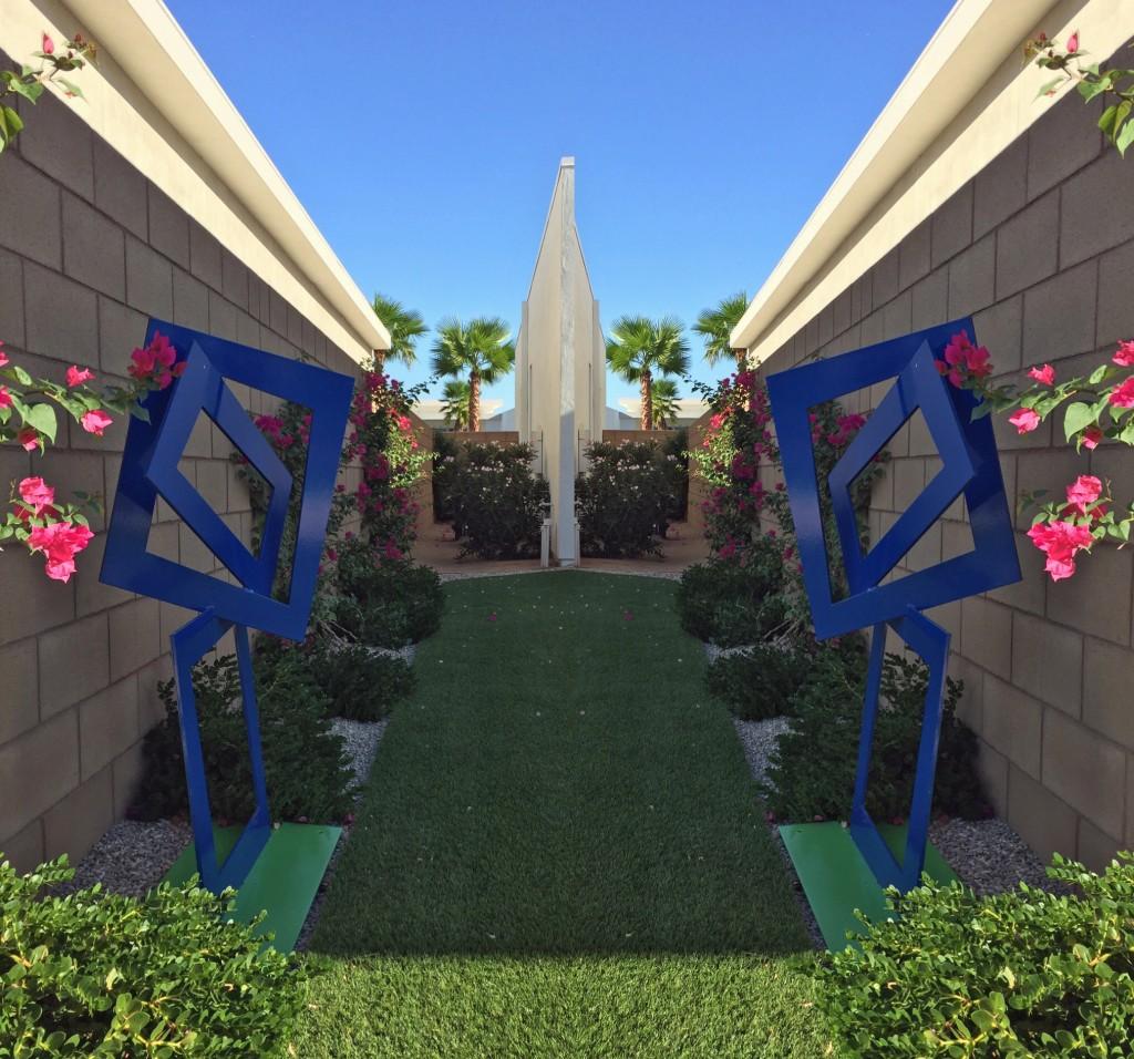 modern outdoor sculpture palm springs