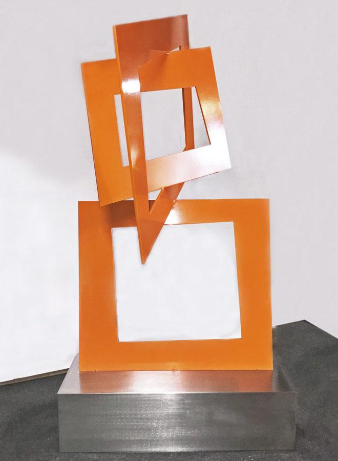 closer special commission sculpture