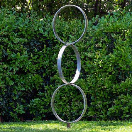 Sister Sculpture
